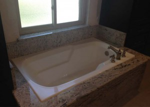 Walk-in Bathtub Company in Plano, TX